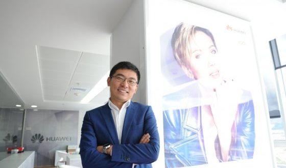 Huawei redujo ganancias para aumentar clientes